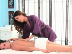 Hot Stud Gets Great Erotic Massage