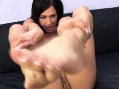 Busty White Hoe Feet Cummed On