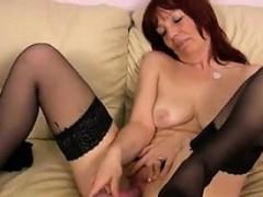 Mature Slut With Saggy Tits Masturbates