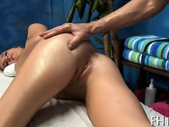 Slim Teen Beauty Gets Mouth And Muff Fucked Well