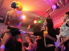 European Sexparty Babes Munching On Strippers