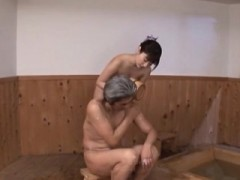 Oriental Looker Gives A Nice Oral And Gets Fucked Hard