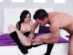 Jennifer White Gives Blowjob And Butt Fucked