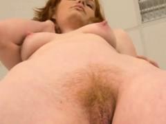 Nice Teen Is Gaping Slim Twat In Close Up And Having Orgasm1