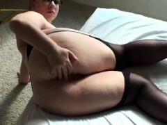 Solo Amateur In Stockings Depilation