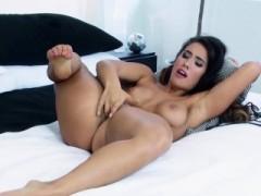 Twistys – Eva Lovia Starring At Horny For You