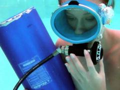 Minnie Manga Blows Dildo Underwater