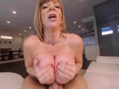 Vr Bangers Sexy Milf Fucks Her Young Gardener