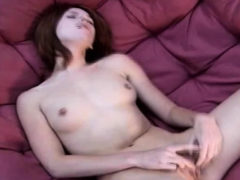 Playing Pussy Is The Best To Arouse Yourself Alone