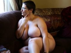 Mature Brunette Uses Doctor Tools To Masturbate With