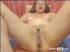 Webcam – Colombian Granny Milf Teasing (no Sound)
