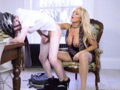 Amateur Milf Massage Xxx Having Her Way With A Rookie